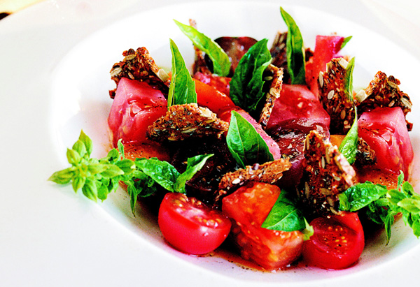 Heirloom Tomatoes with Gin, Juniper, Basil and Black Bread Recipe