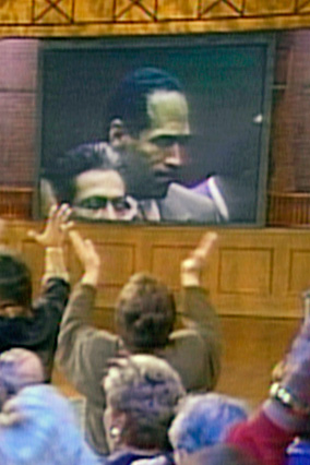 audience members react to the O.J. Simpson trial