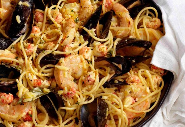 Versatile sauces and spaghetti