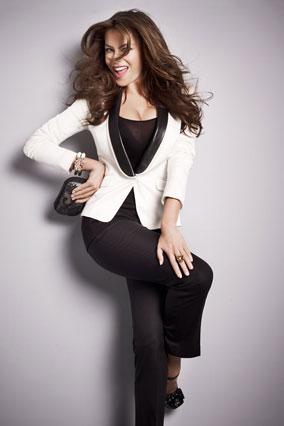 Sofia Vergara in tuxedo jacket