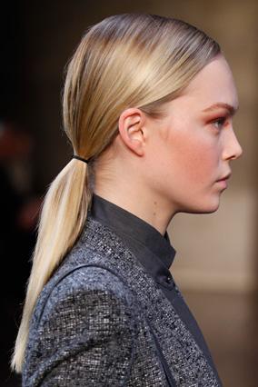 Low ponytail - Akris