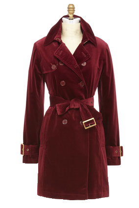 maroon trench