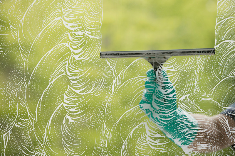 There's a Wrong Way to Dust? And 5 Other Cleaning Mistakes