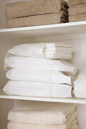 peter walsh linnen closet