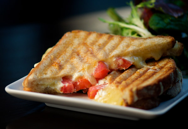 Grilled Cheese with Goat Cheese and Tomato