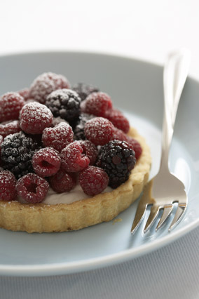Fruit and cream tart
