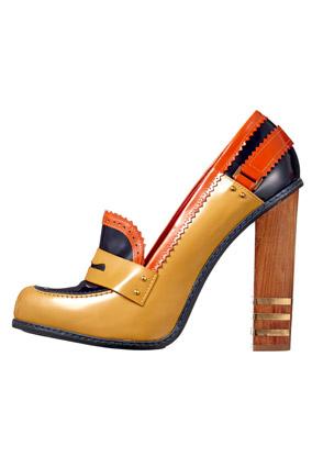color-blocked heel