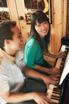 Piano playing couple