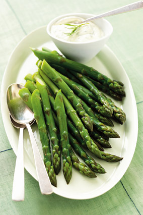 Asparagus with Tarragon Aioli