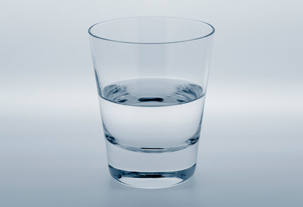 201208-omag-quiz-half-empty-glass-600x41