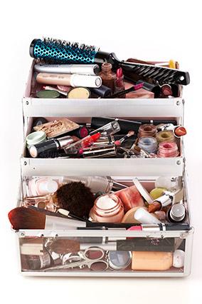 disorganized makeup