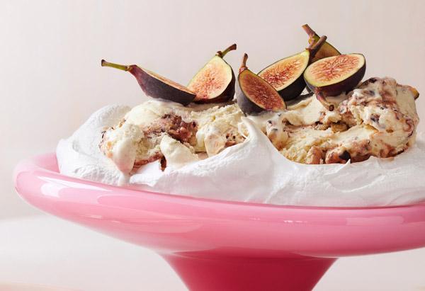 Vanilla-Fig Pavlova