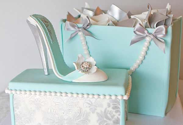 Shopping themed cake
