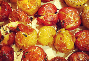 Smashed Potatoes with Garlic and Herbs