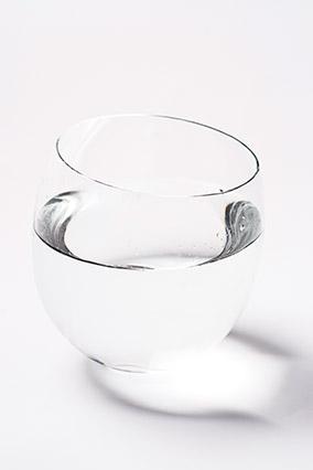 Vinegar in a bowl