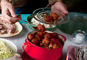 Sweet-and-Sour Potluck Meatballs