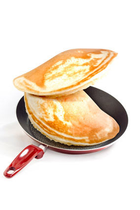 how to flip a pancake