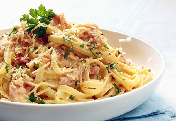 Tom Cruise's Spaghetti Carbonara