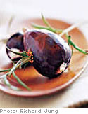 Grilled Figs with Rosemary and Goat Cheese