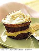 Cupcake with Lemon Curd Filling