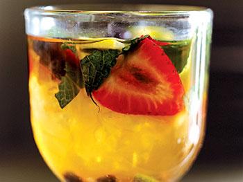 Iced-Tea Fruit Punch