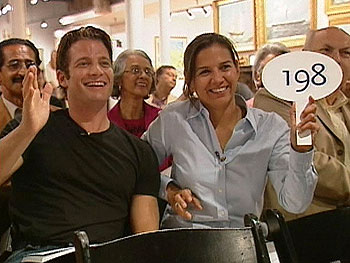 Nate Berkus and Anne Marie buy an oriental rug at auction!