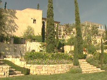 Lionel Richie's Roman-inspired garden
