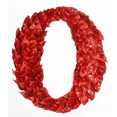 Red Lacquer Magnolia Wreath