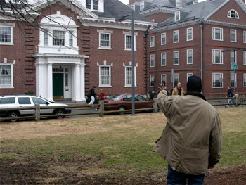 Denzel arrives at Harvard