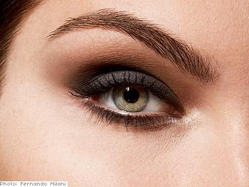 Full eyebrow