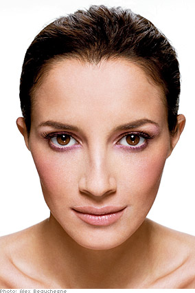 Vincent Longo suggests pink eyeshadow for women with olive complexions.