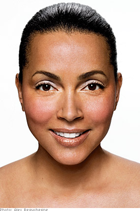 Bobbi Brown suggests bronze eyeshadow for women with tawny complexions.