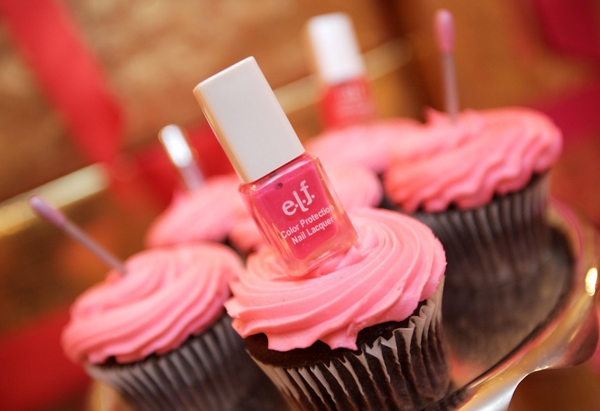 Cupcake with nail polish decoration