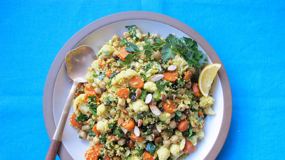 Moroccan-Spiced Roasted Cauliflower and Carrot Salad Recipe