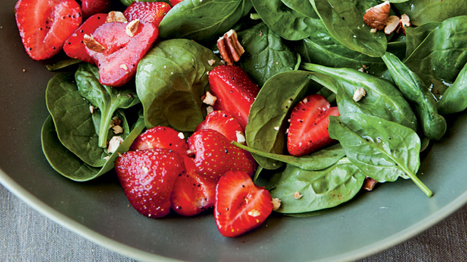 7 Easy Summer Salads You Can Make in 10 Minutes (or Less)