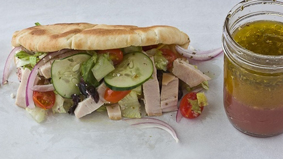 Greek Turkey Pita Recipe<br/>
