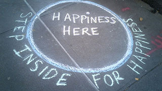 Happiness Graffiti and 8 More Photos to Brighten Your Day