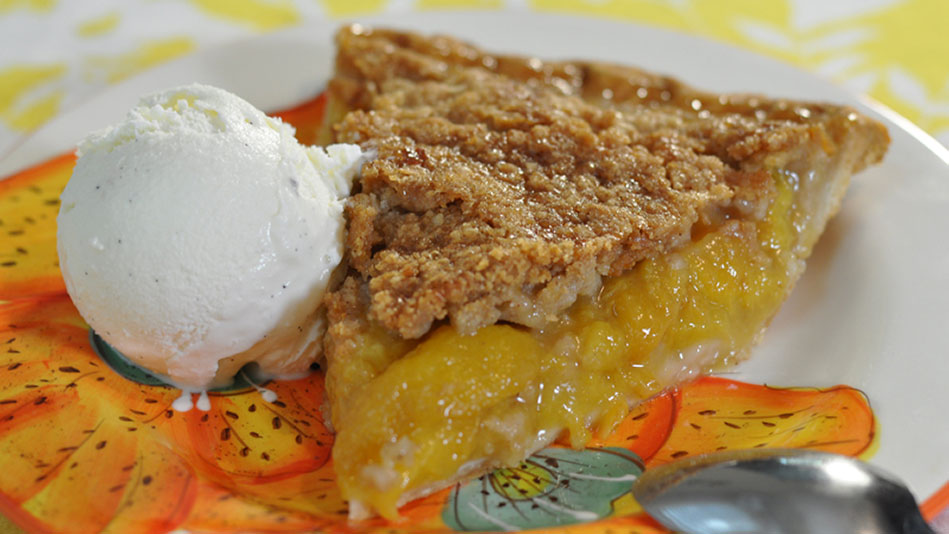 Fresh Peach Crumb Pie Recipe