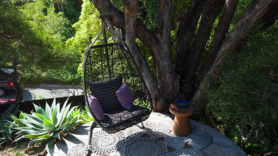 John Legend Shows Oprah His Favorite Outdoor Reading Space
