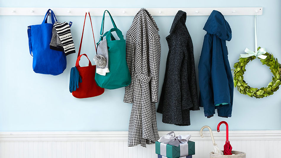 12 Fast, Easy Ways to Declutter Your House for the Holidays