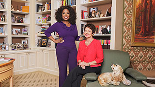 Oprah Talks with Sue Monk Kidd About <i>The Invention of Wings</i>