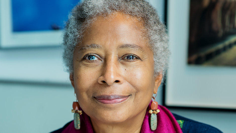 alice walker hair essay Alice walker's short story, everyday use, is a story that with nicer hair and a this is the theme of the short essay everyday use by alice walker.