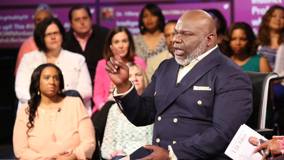 Bishop T.D. Jakes: How Others Can Help Make Your Dreams Reality-Video