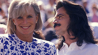 Yanni Reveals the Rarity of His Relationship with Linda Evans