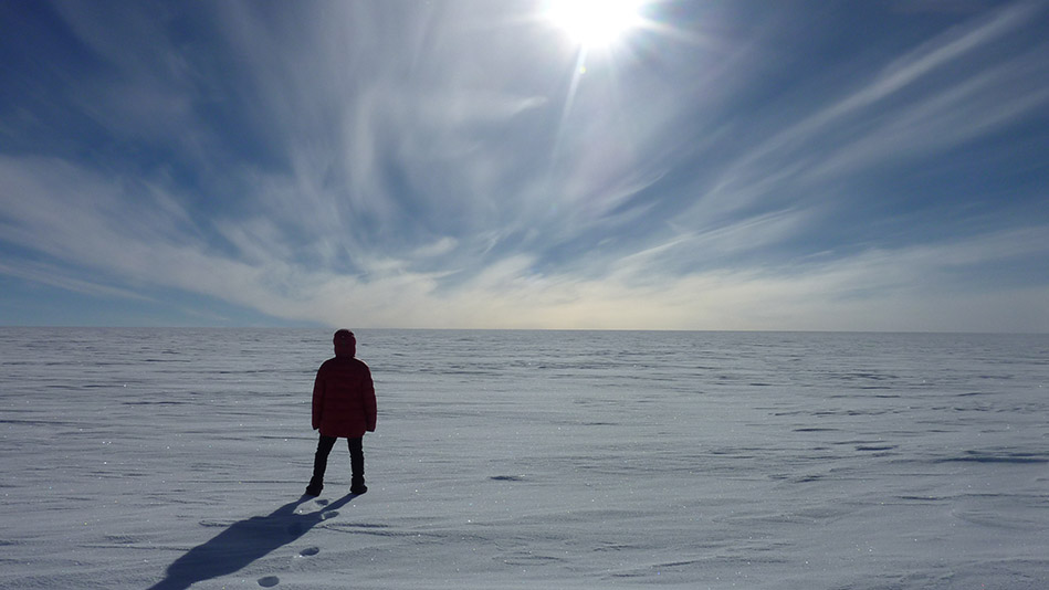 Surviving Loneliness: 4 Things I Learned by Crossing Antarctica Alone