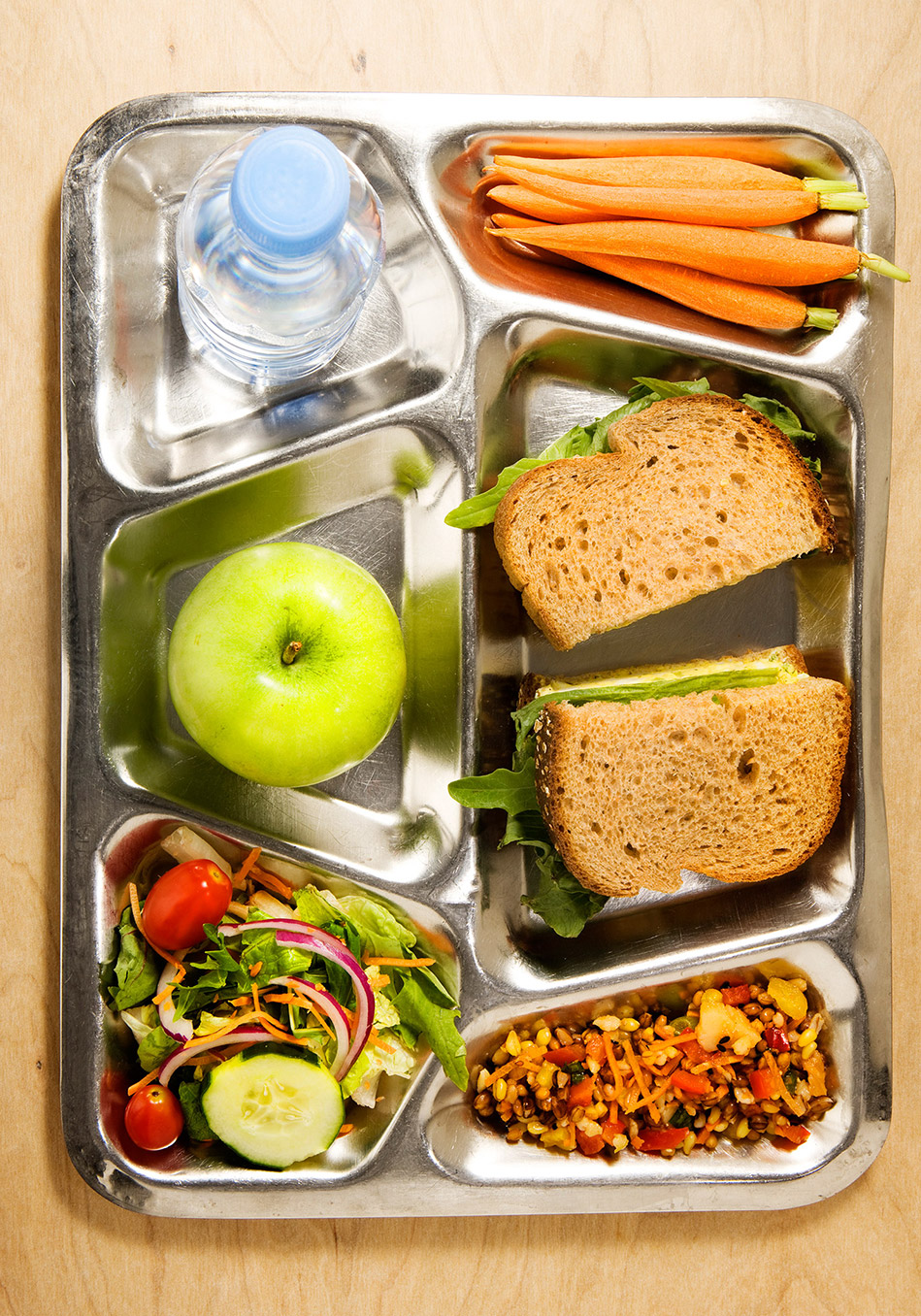 school lunches 5 essay Lets face it, we all hate school lunches most of the time they don't feed us enough food and it is very gross also, a lot of kids take a packed lunch which is okay, but it gets old taking a pb&j sandwich that sits in your locker for about four hours everyday for a year.