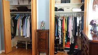 What a Really Organized Closet Looks Like