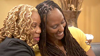 "Former WNBA Star Chamique Holdsclaw on Her Mother: ""I Love Her"""