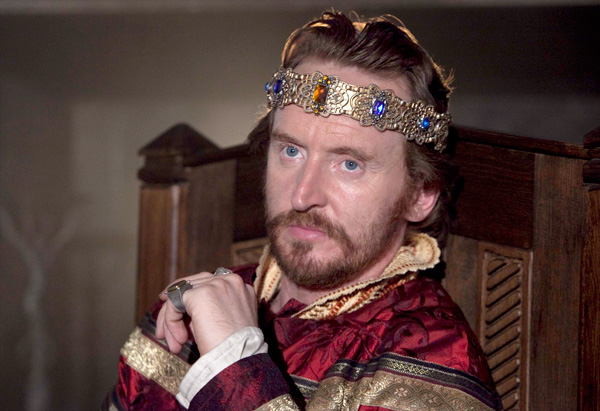 Tony Curran as King Stephen
