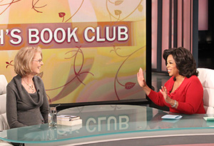 Oprah and author Jane Smiley discussing A Tale of Two Cities and Great Expectations
